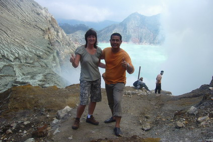 Expedition to most splendour volcanic crater of Kawah Ijen in East Java with only Indonesia Tour Operator- JAVASOLTOUR Jakarta, don't you want to join?